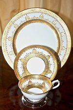 Dinner Service: George Jones Plates, Cups/Saucers: gold encrusted,gilded England