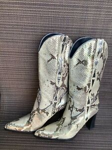 Q series golden piton pull on cowboy boots 6.5