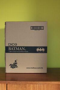 Hot Toys Batman 1989 DX-09 1/6 Scale Figure - Michael Keaton