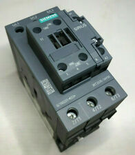 Siemens Schütz 3RT2035-1AP00  230V 50Hz