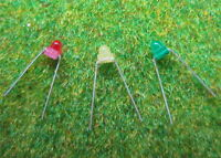 LED15 NEU 60 Stk. Mini LEDs 1.5mm diffus Drei Farben Set axial rot/gelb/grün
