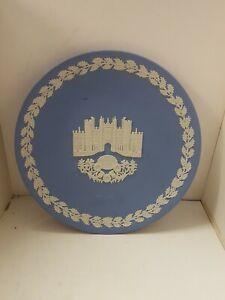 Wedgewood Blue Jasperware christmas Plate  1976  Hampton Court Palace