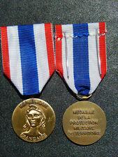 EXT1) Médaille République française protection militaire du territoire medal
