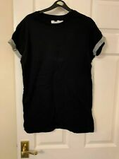 T Shirt Size Medium Black Multicolor used good condition