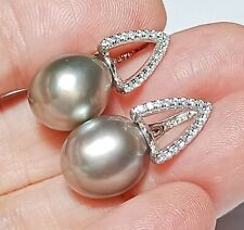Elegant 10x11mm Peacock Gray Green Oval Round Tahitian South Sea Pearl Earrings