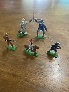 2 Vintage Lead Toy Soldiers Confederate/union Horse