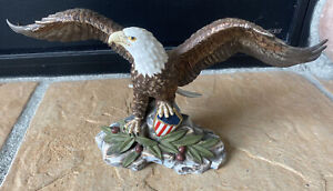 """Crystal Cathedral Ministries Eagles Club Eagle Figurine With Shield 12"""" wingspan"""