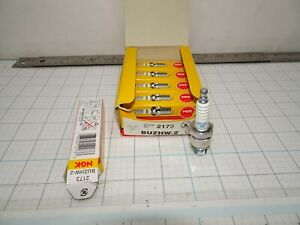 NGK BUZHW-2 Spark Plug 2173 Shop Lot QTY 5 Plugs