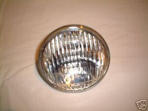 FORD TRACTOR SEALED BEAM HEADLAMP