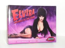 MOEBIUS #918 1/8 ELVIRA (1/8 Scale ELVIRA MISTRESS OF THE DARK Plastic Model Kit