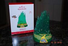 2016 Hallmark The Wizard of Oz Emerald City Magic Xmas Keepsake Ornament MIB
