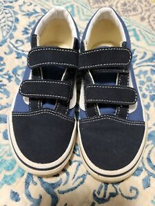 YOUTH VANS SIZE 2, BLACK & BLUE, VERY GOOD CONDITION