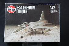 XK232 AIRFIX 1/72 maquette avion F 5A FREEDOM FIGHTER Ref 01043 serie 1 1986 NB