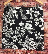 Jones New York Sport Black White Floral Pencil Skirt Size 14