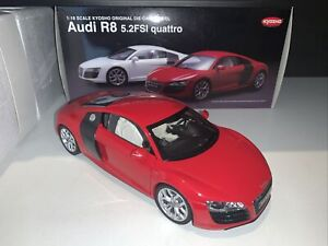 1/18 Kyosho Audi R8 5.2FSI Quattro Red 09216R