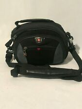 Swiss Gear by Wenger The Sherpa padded Camera Bag 3 Pockets w/inside velcro case