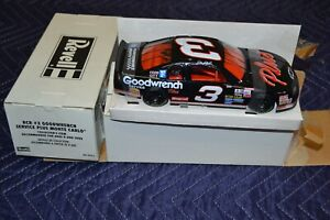 Revell Dale Earnhardt RCR #3 Goodwrench Service Plus Monte Carlo 1/24 85-0912