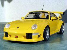 Porsche 911/993 GT2 EVO Street gelb + Vitrine - 1:18 - UT-Models