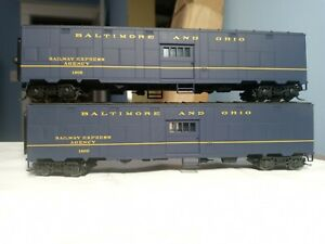 Walthers # 932-24169 HO Troop Sleeper Conversion Express Car B&O (2 pack) used