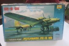 "Zvezda (7280): Petlyakov Ë-8 ""ON"" (Avion de Staline) au 1/72"