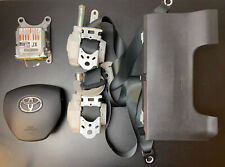 Toyota Auris 2017-18 Hybrid Hatchback Driver Airbag Kit & Front Seatbelts