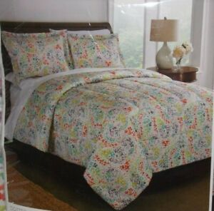 Interiors by Design Full/Queen Size 3 Piece Microfiber Comforter Set Multi-Color