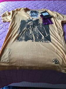 RELIGION T-shirt size M
