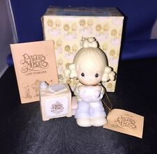Precious Moments-Join In On The Blessings Collectors Club 1984 Cross symbol