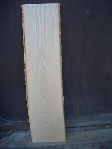 20 mm deutsche Esche Brett gehobelt, 1,07 m / 24 cm Breite kammertrocken