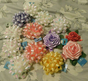 13 BEAUTIFUL NEW VINTAGE IRIDESCENT & ROSE GIFT BOWS--EXCELLENT COND. REDUCED