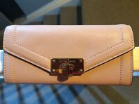 Michael Kors KINSLEY Carryall Leather Wallet in Blossom MSRP $174.99