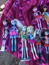 Monster High Doll  Lot!! Were Cat Werecat Twins  LOT Of 18 Used Good Condition