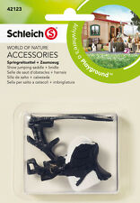 SCHLEICH 42123 SHOW JUMPING SADDLE + Bridle (Farm Life) figura in plastica