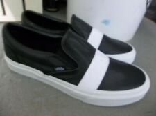NEW MEN'S VANS CLASSIC SLIP ON WEBBING SNEAKERS/SHOES SIZE 9.BRAND NEW FOR 2021.