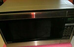 Panasonic Family Size 1.2 cu ft. Microwave Oven Inverter  NN-SA651S