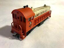 AHM HO Train Switcher Locomotive Illinois Central Gulf 1007
