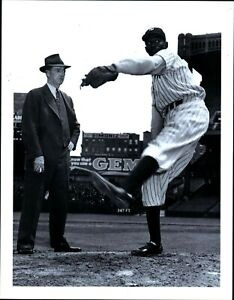 Baseball Photograph Satchel Paige New York Black Yankees With Grover Alexander