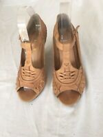 Office Ladies Tan Leather Shoes Size 5 (BX3).