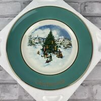 Avon Christmas 1978 Trimming The Tree Collector Plate Sixth Edition Wedgwood
