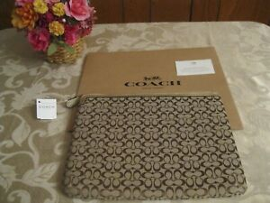 NWT COACH F61035 SKHM9 Khaki Signature Tablet Sleeve with Coach Box MSRP $88