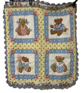 Vintage Teddy Bear Baby crib quilt Pastel Pink Blue Scalloped  43x35 Homemade