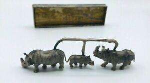 Merten 756 HO Rhino Family Figure Pack