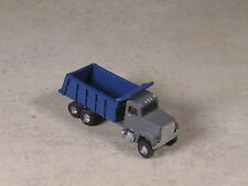 N Scale 1998 Gray Ford Dump Truck with blue back