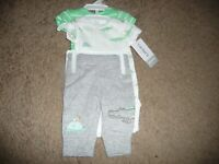 New NWT Carter's Baby Boys 3 Pc Bodysuits and Pants Set size PREEMIE