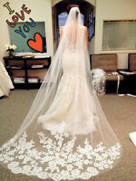 New white Beautiful Cathedral Length Lace Edge Wedding Bridal Veil With Comb