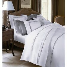 Yves Delorme White Queen Flat Sheet Laurel Grey Embroidery Cotton Laurier NEW