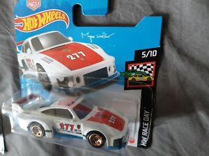 Hot Wheels 1/64 3 inch Porsche 935