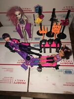Monster High Doll Lot 3 Dolls And Accessories. Big Lot Very Nice Size Lot.