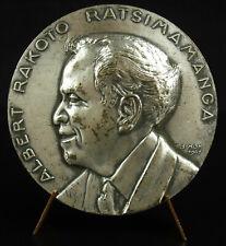 Médaille Albert Rakoto Ratsimamanga Madagascar malgache Andriana 1967 medal