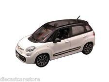 Bburago Fiat 500L 4 Puertas Blanco 1/24 de Metal Cars 22126WH